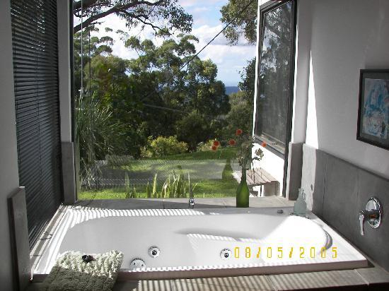 Tamborine Mountain, Australia: Gold lodge spa bath