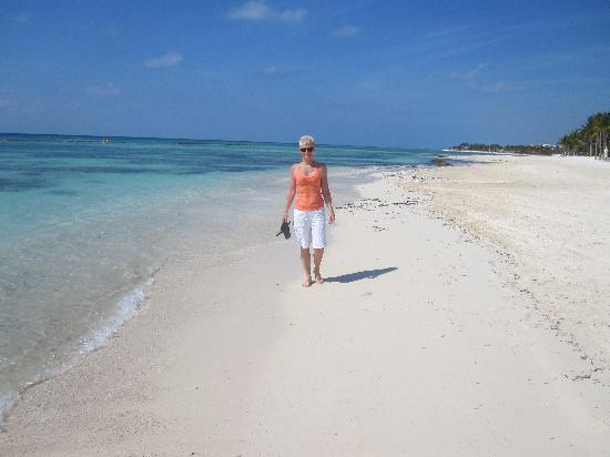 Grand Velas Riviera Maya Morning Walk On The Beach