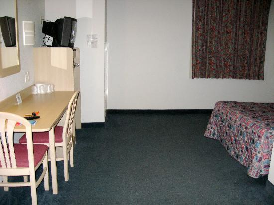 Motel 6 Minonk: clean and spacious
