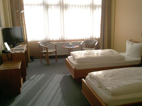 DLRG Tagungszentrum Hotel Delphin: immer