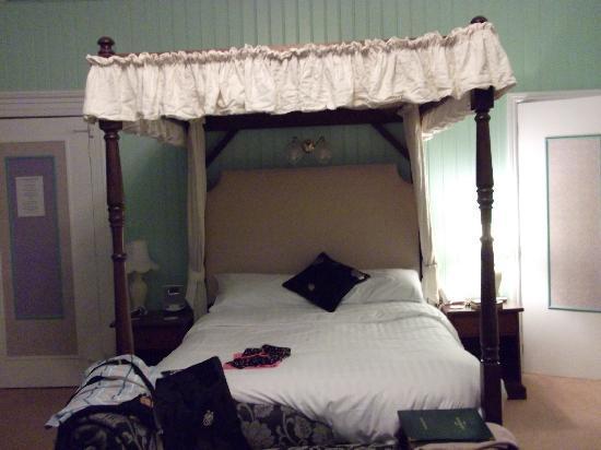Plas Dolmelynllyn Hall Hotel: 4 poster bed