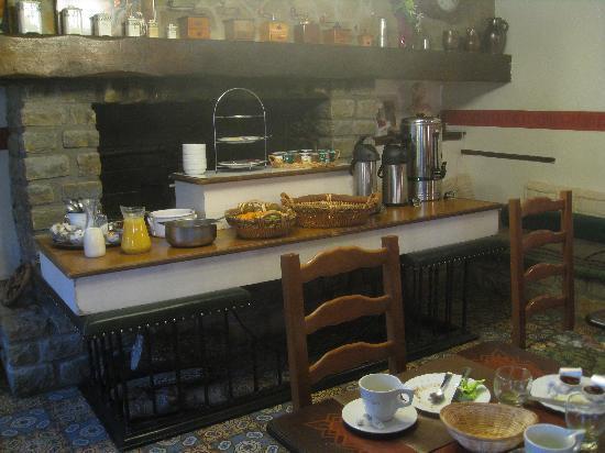 Clerques, França: Déjeuner : choix insuffisant
