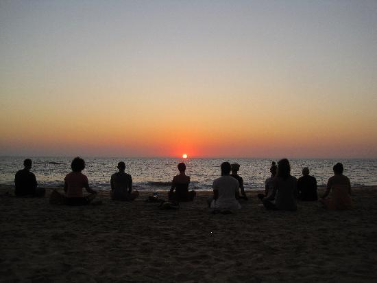 Agonda Beach : sunset meditation