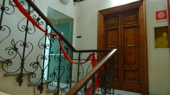 Hotel Arenula: the stairs of the hotel