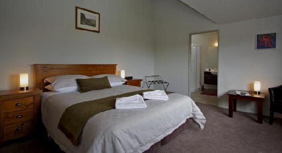 Manuka Lodge: King Room