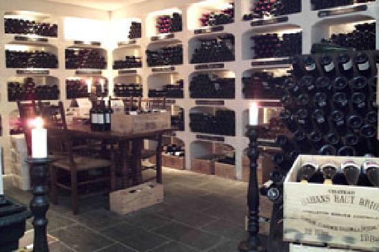 Lysebu: Wine cellar