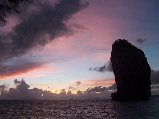 Poda Island Resort: Andaman Sunset from Poda