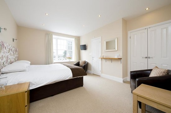 Cartref Guest House: Room 1 - Double (Super King) or Twin en suite