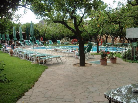 Antiche Mura Hotel: Poolside