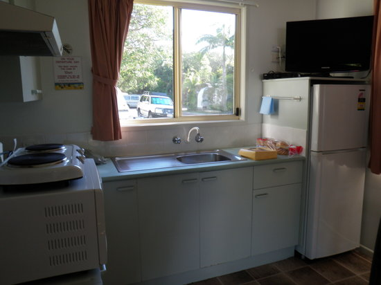 Suffolk Beachfront Holiday Park Accommodation: Kitchen
