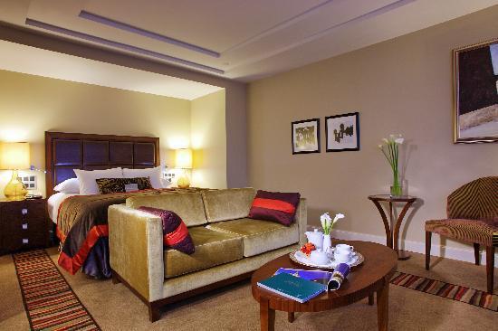 Corinthia Hotel St. Petersburg : Cortyard Suite