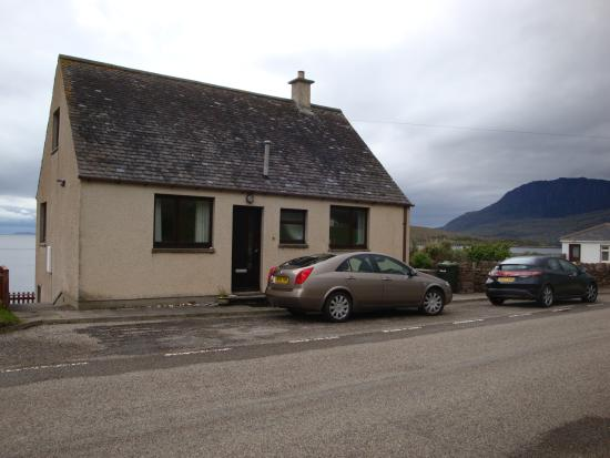 Ardanair Cottage: The cottage from the A835