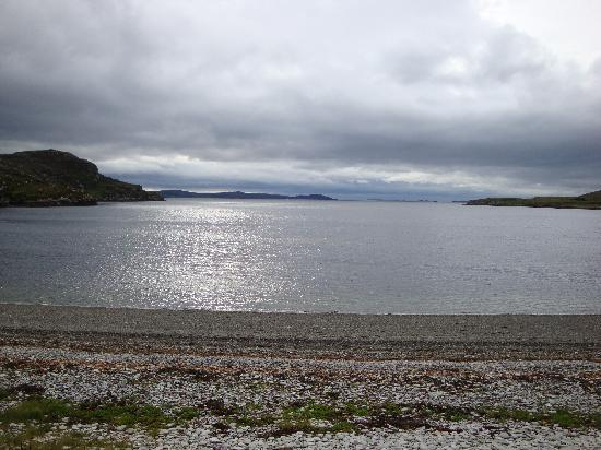 Ardanair Cottage: View of the loch from the living room
