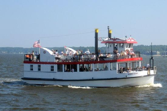 Annapolis, MD : Harbor Queen is fun for all!