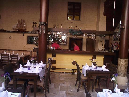 Otantik Butik Otel: bar