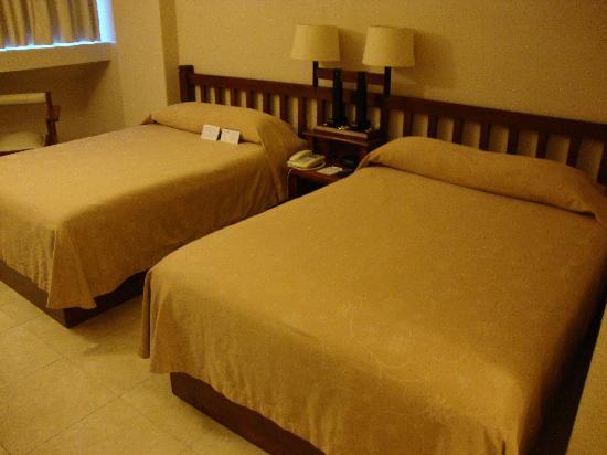 Hotel Fortin Plaza: La chambre