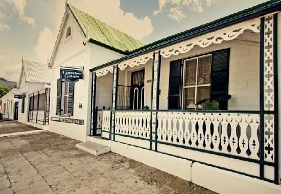 Self-catering units at Camdeboo Cottages in Graaff-Reinet