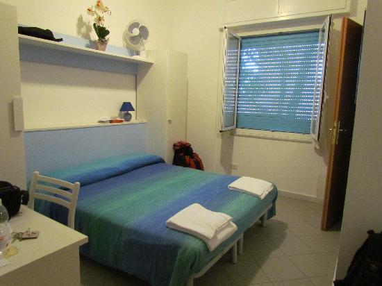 Camere/ Rooms Le Sirene & Raggi di Sole: basic room