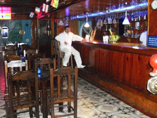 Sol Caribe San Andres: bar nocturno