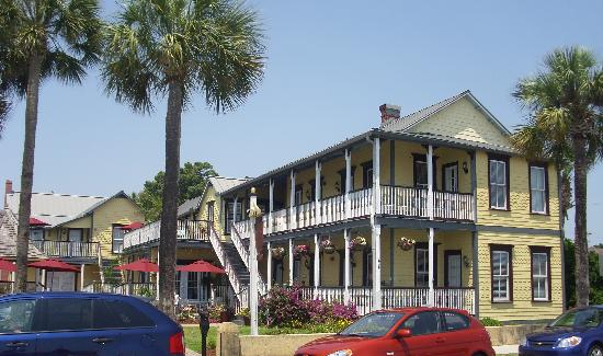 Adora Inn: Great place!