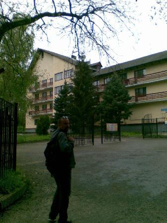 Hotel Dinamo: Vista esterna