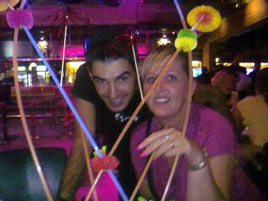 Vamos Beach: staff