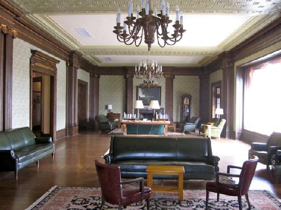 University Club San Francisco: Lounge