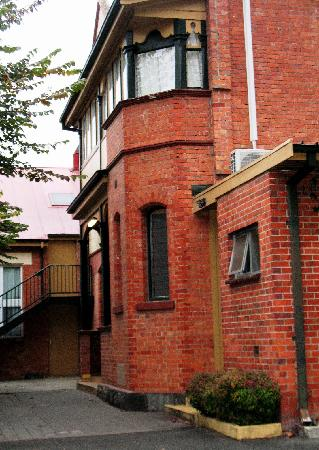 Launceston Backpackers: Located on a quiet street in Launceston.