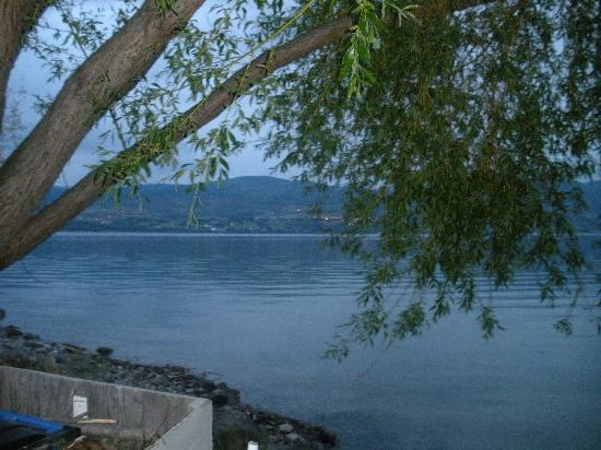 Casa Loma Lakeshore Resort : Okanogan Lake View
