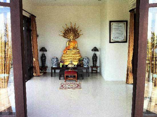Bhundhari Spa Resort & Villas Samui: Statue of Buddha