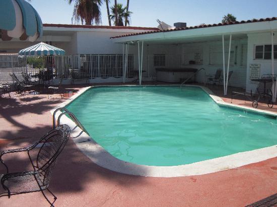 Coronado Motor Hotel-Yuma: Pool