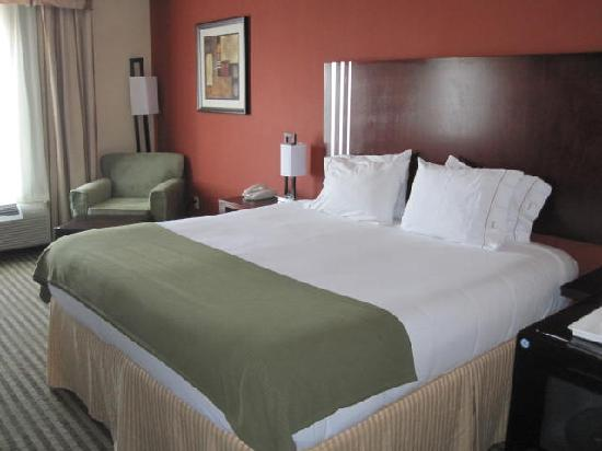 Holiday Inn Express Hotel & Suites Guthrie-North Edmond: luxury at its best