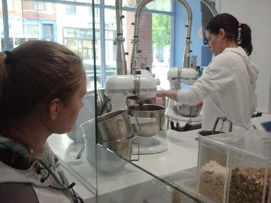 iCream Cafe : Mixing the special request