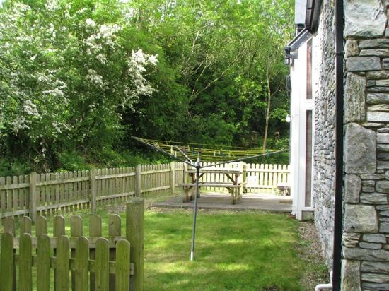 Doire Farm Cottages: Private fenced back yard
