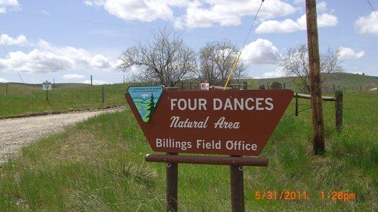 Four Dances Recreation Area : entrance to natural area