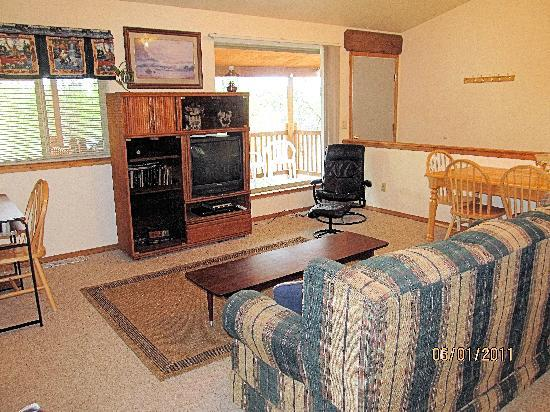 Living room of 2 bedroom apartment suite (Alaska Riverview Lodge)
