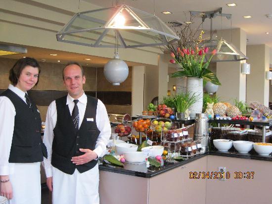 Le Meridien Frankfurt: The restaurant staff