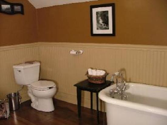 Canyon Creek Bed and Breakfast : All rooms have their own bathrooms