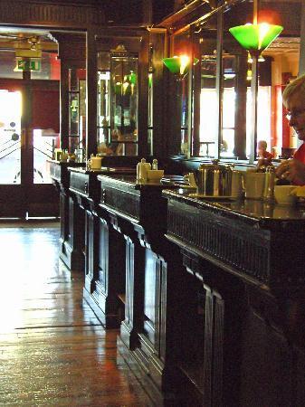 Irish Whiskey Trail: The Galtee Inn in Cahir famous for its Hot Irish whiskeys
