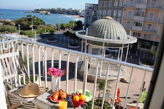 Hotel de l'Ocean: Exemple de chambre double vue mer - balcon