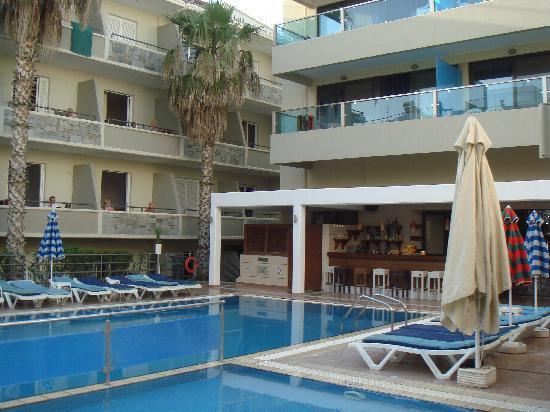 Philippion : Pool