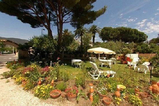 Cavalaire-Sur-Mer, Fransa: le jardin