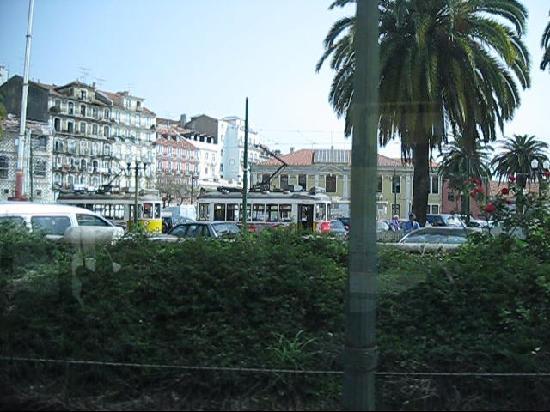 Tram 28: Straßenbahn