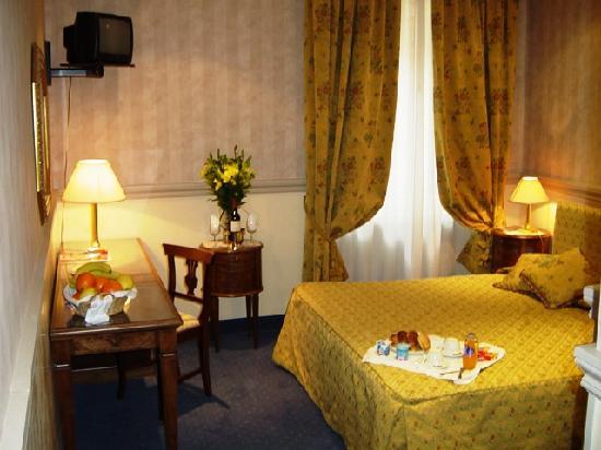 Condotti Hotel: Double room