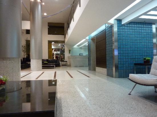 Hotel Pires Balneario Camboriu: hall