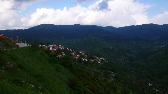 Hotel Kassaros : View of Metsovo