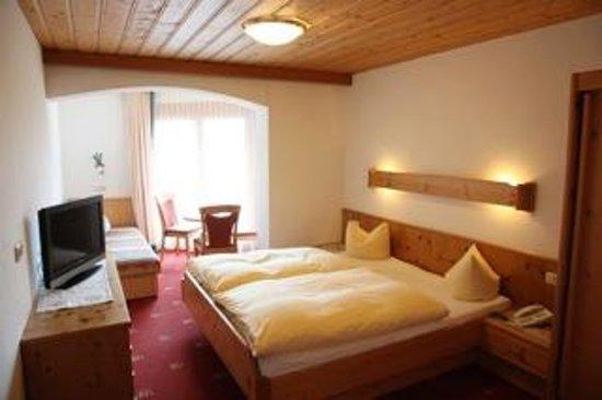 Hotel Pinzger: Doppelzimmer