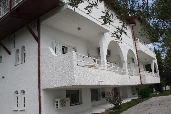 Anastasia Apartments: The building.