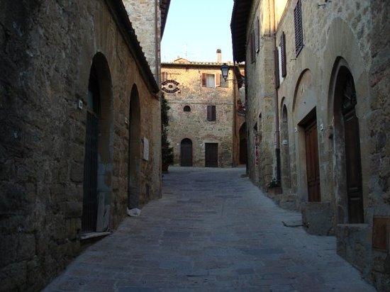 Le Maribelle Appartamenti: La Taverna di Moranda in Monticchiello