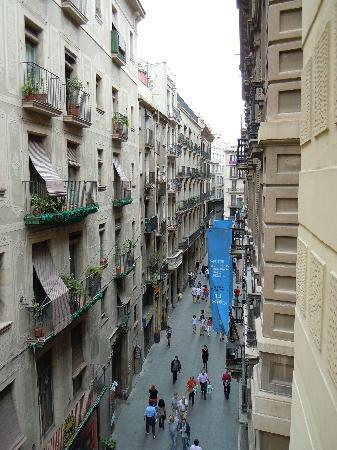 Hotel Catalunya: Veduta dalla camera